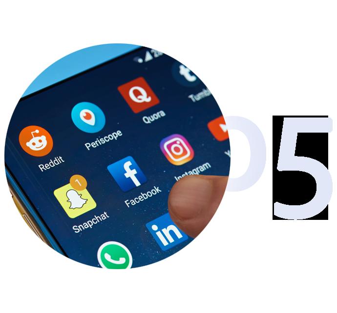 05Social-Media
